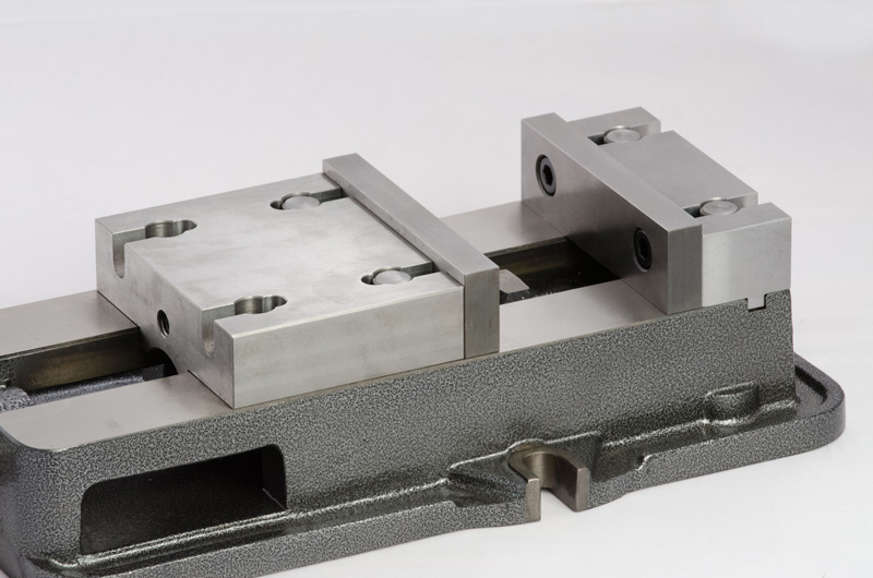 Winn Speed Lock Vise integrated with the Quick Change Vise Jaw System